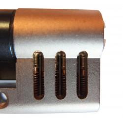 Cylindre prédécoupé d'entrainement au crochetage.